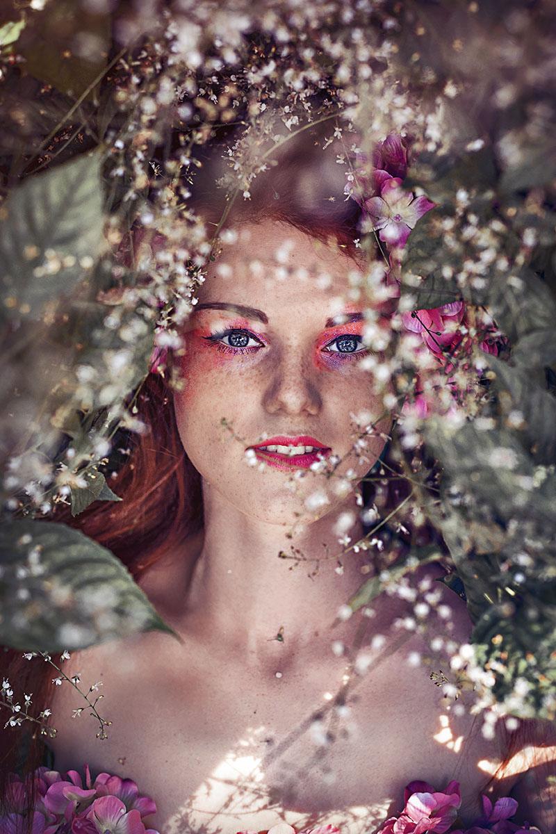 Фотографии фотосессия девушек на природе в Ботаническом саду весной цветение позы портрет