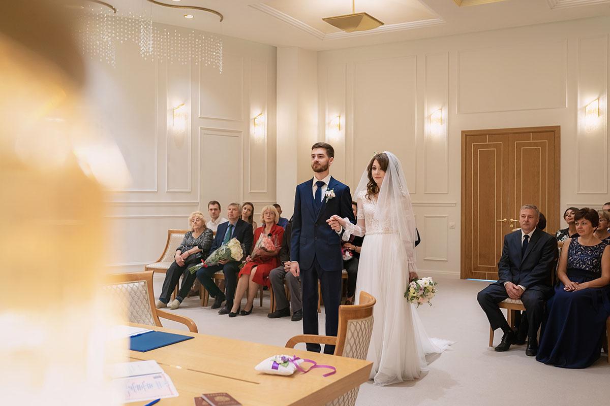 фотограф в загс Свадебная фотосессия в ЗАГСе фотография жениха и невесты свадьба в Красногорске московский областной дворец бракосочетания №2